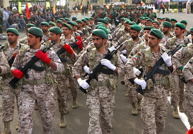 صبحگاه مشترک نیروهای مسلح در آذربایجانغربی برگزار شد