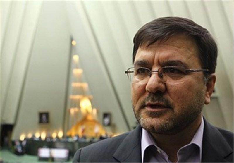 حرف باهنر،نظر همه اصولگرایان نیست/معتدلین اصولگرا در انتخابات96 به روحانی رای می دهند