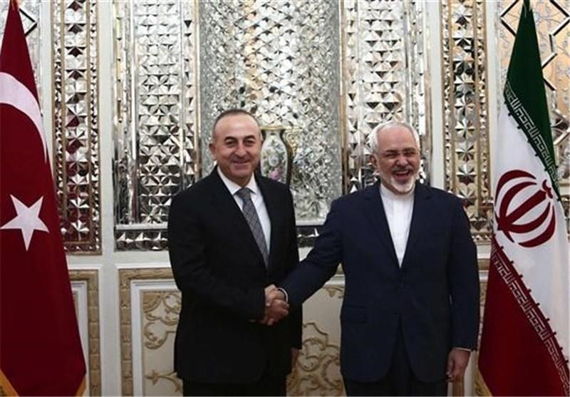 Iran's FM Zarif Felicitates Turkey over Result of Referendum
