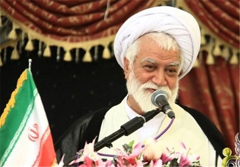 ملت ایران به هیچکس اجازه عبور از خطوط قرمزهای نظام را نمیدهند