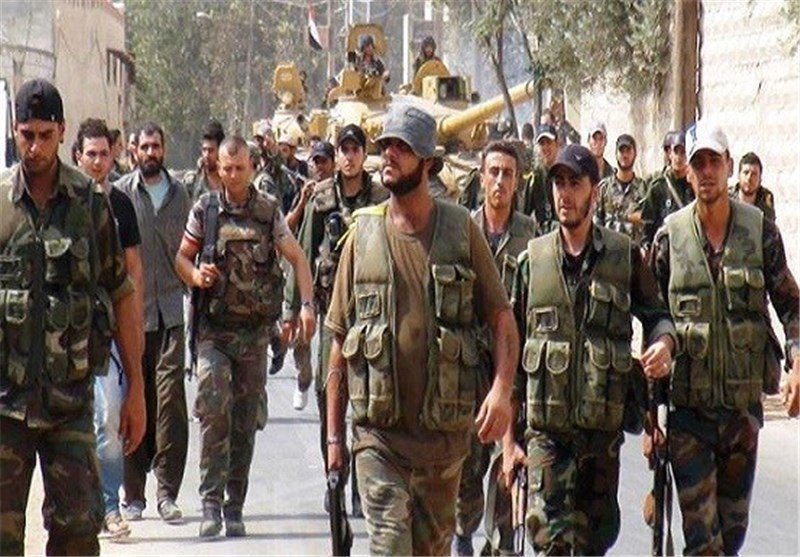 """الجیش السوری والوحدات الکردیة تتقدم فی الحسکة و""""داعش"""" ینقل قواته إلى تدمر والعراق"""
