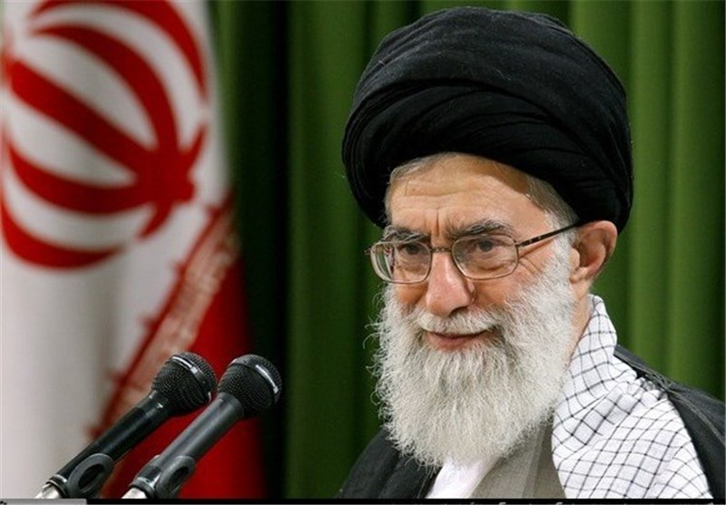 الإمام الخامنئی یوافق على العفو عن عدد من السجناء