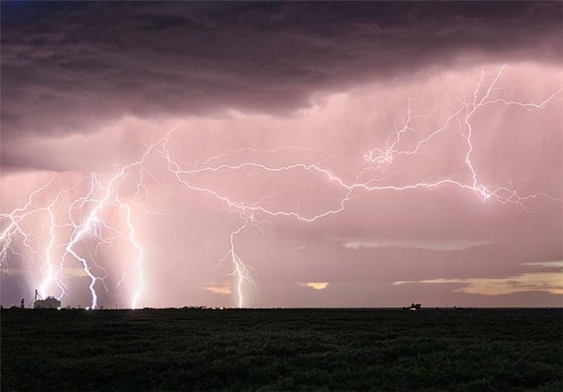هواشناسی ایران 1400/02/10| بارش 5 روزه باران در اکثر مناطق کشور/ هشدار وزش باد شدید، رعدوبرق و سیلاب در 15 استان