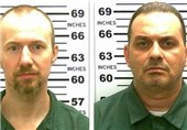 Police Widens Search for Escaped US Killers