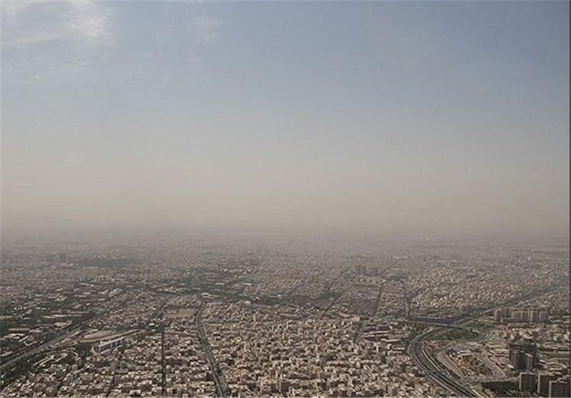 کرمانشاه| دست گرد و غبار بر دهان غرب کشور؛ تعطیلی مدارس و وضعیت بحرانی شهرها