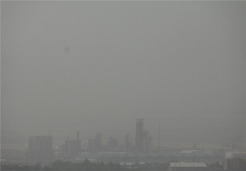 """خرمآباد هوای لرستان در وضعیت """"بسیار خطرناک"""" قرار گرفت"""