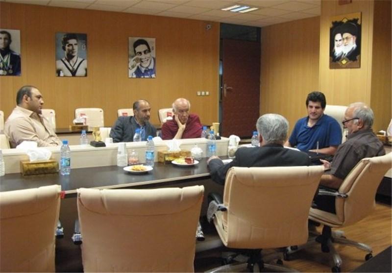 برگزاری جلسه شورای فنی تیمهای ملی کشتی آزاد با حضور رئیس کمیته ملی المپیک