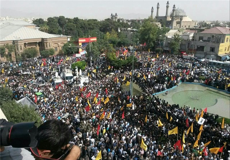 Funeral Held in Tehran for 270 Iranian Martyrs (+Photos)