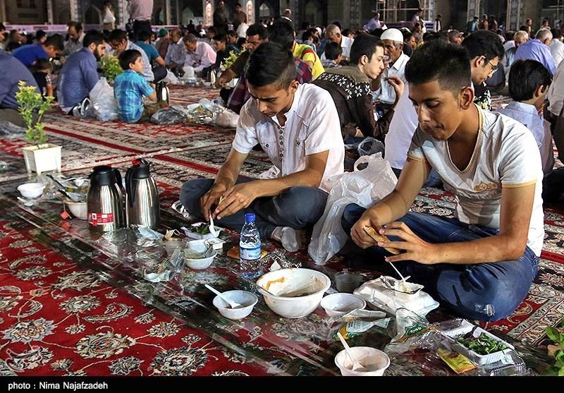 طرح ضیافت افطاری در میقات الرضا(ع) طبس اجرا میشود