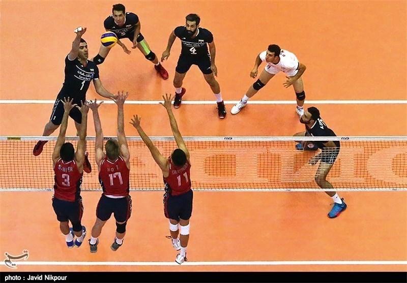 تماشای زنده بازی والیبال ایران-لهستان در ایوان شمس
