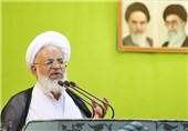یزد | اگر ایمان مردم تقویت شود شاهد احتکار و گرانفروشی نخواهیم بود