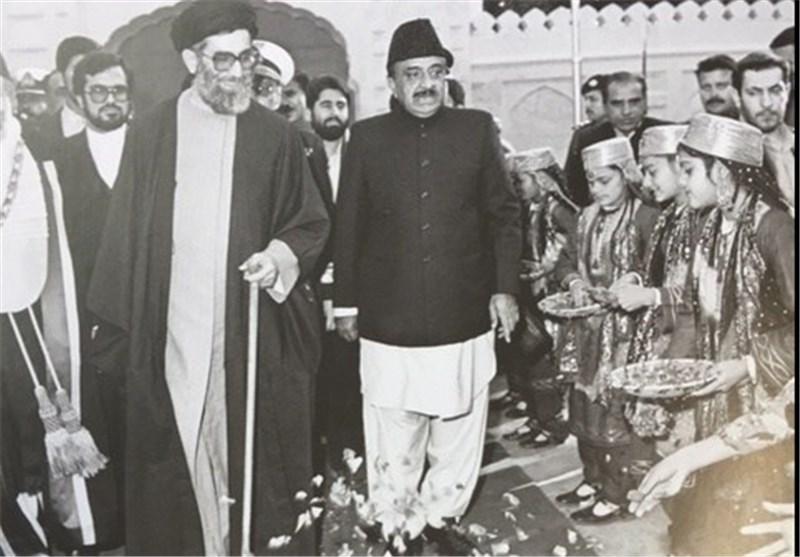 رهبر انقلاب- پاکستان