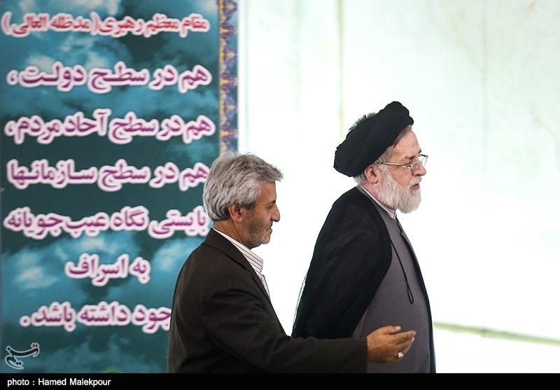 حجتالاسلام شهیدی محلاتی رئیس بنیاد شهید در نماز جمعه تهران