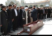 مراسم تشییع پیکر امام جمعه لارستان در قم برگزار شد