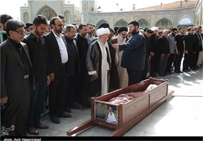 امام جمعه لارستان در گلزار شهدای قم آرام گرفت