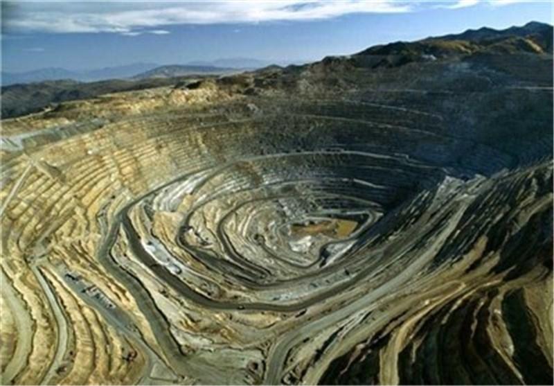 ایران الاسلامیة البلد الثامن فی انتاج المواد المعدنیة فی العالم