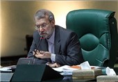 لاریجانی: مجلس با تفکیک وزارتخانهها در شرایط فعلی مخالف است