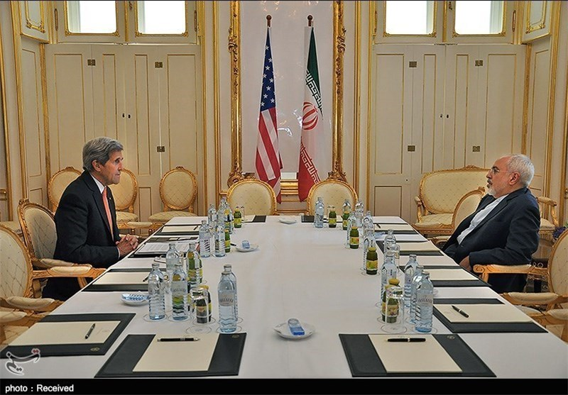 وزیر الخارجیة: محور حواری کان یدور حول تحقیق شعبنا مصالحه فی الاتفاق النووی