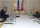 Iranian, US Top Diplomats Continue Nuclear Talks in Austria