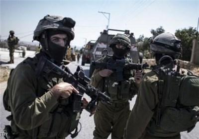 غاصب صہیونیوں کی فلسطینیوں سمیت امدادی ٹیم کے کارکنوں اور صحافیوں پر تشدد