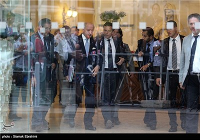 Photos: Group 5+1 FMs Leave Palais Coburg after N. Talks with Iran