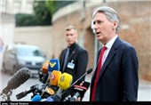 UK Finance Minister Hammond to Resign If Johnson Becomes PM