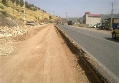 عدم استاندارد جاده ابیانه نطنز تهدیدی برای گردشگران/ تعریض جاده مطالبه به حق روستاییان است
