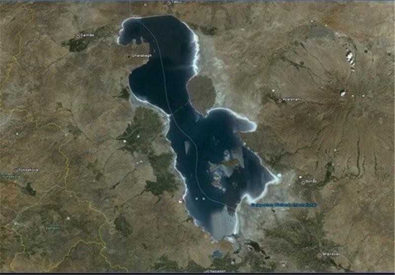 مردم نقش اول احیای دریاچه ارومیه هستند