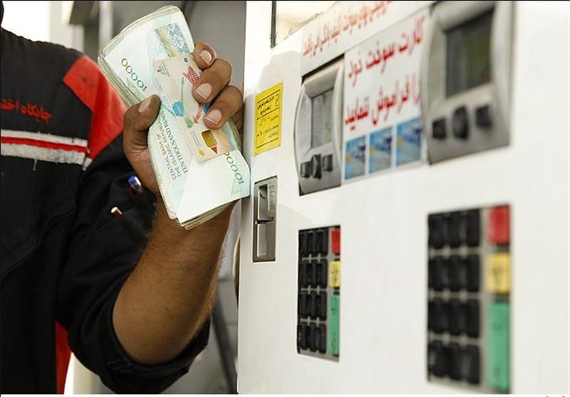 قاچاق سوخت در استان کرمان تنها از جایگاهها انجام میشود
