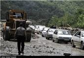 وقوع سیلاب در مازندران/ محور کندوان مسدود شد / خطر سیل منطقه را تهدید میکند