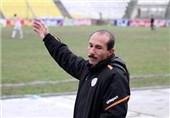 تهامی: رفتن ویسی به سپاهان حرفهای و عاقلانه است/ استقلال خوزستان با رفتن او ضرر میکند