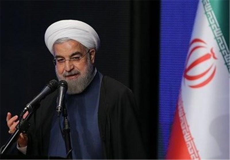 روحانی : دبلوماسیونا أثبتوا أن القضایا المعقدة یمکن ان تحل بالحوار وعبر طاولة المفاوضات