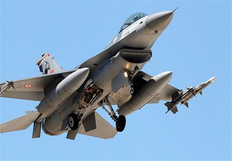 Turkish Jets Strike Four ISIL Positions in Syria: Turkish Official