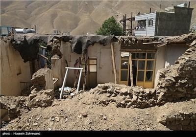بازدید مسجد جامعی از مناطق سیل زده کن و سولقان
