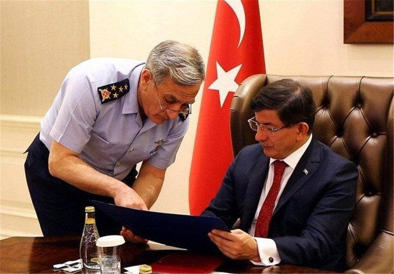 Turkey, US Sign Deal on Use of Incirlik Base in Anti-ISIL Airstrikes