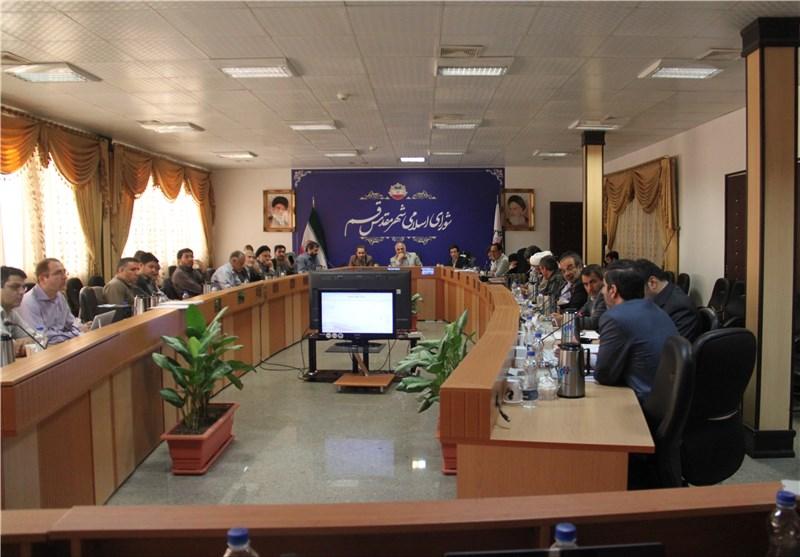 از مقصربودن شهرداری در حوادث شهری تا عدم قرارداد با آچارفرانسه شهرداری قم در تهران