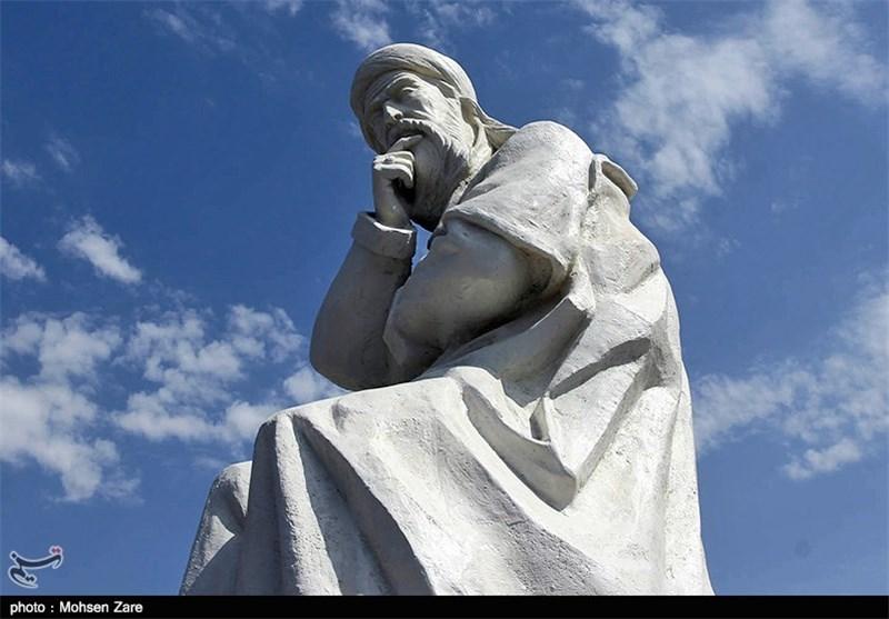 مجسمه شیخ صفی الدین اردبیلی