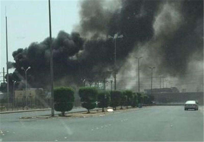 Yemen Ordusunun Füze Saldırısı Sonucu Arabistan'ın Silah Deposunda Yangın Çıktı