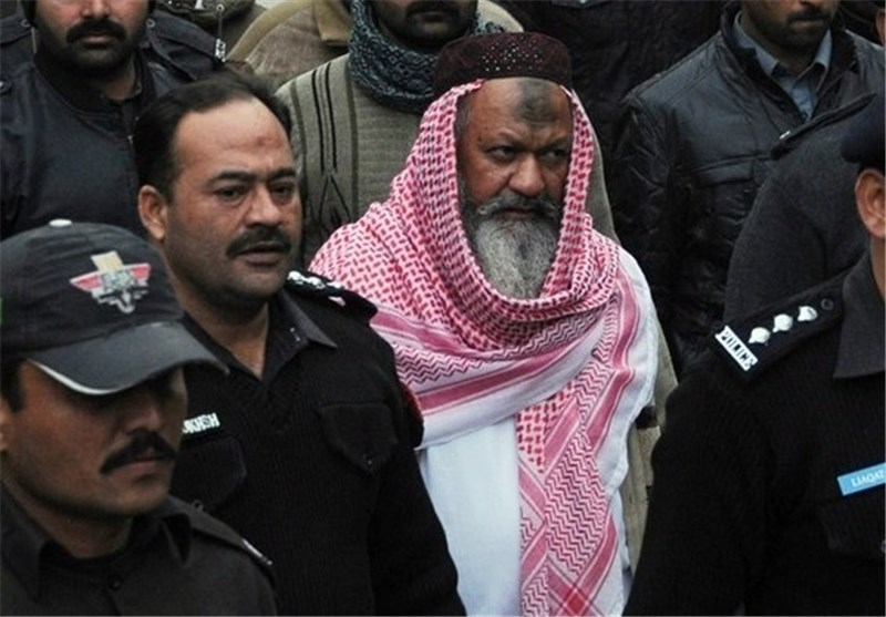 Pakistan Police Say Kill Head of Banned Sectarian Group