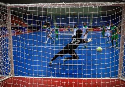 هفته هفتم لیگ برتر فوتسال برتری پرگل تأسیسات مقابل دبیری و شکست سنگین نماینده قم
