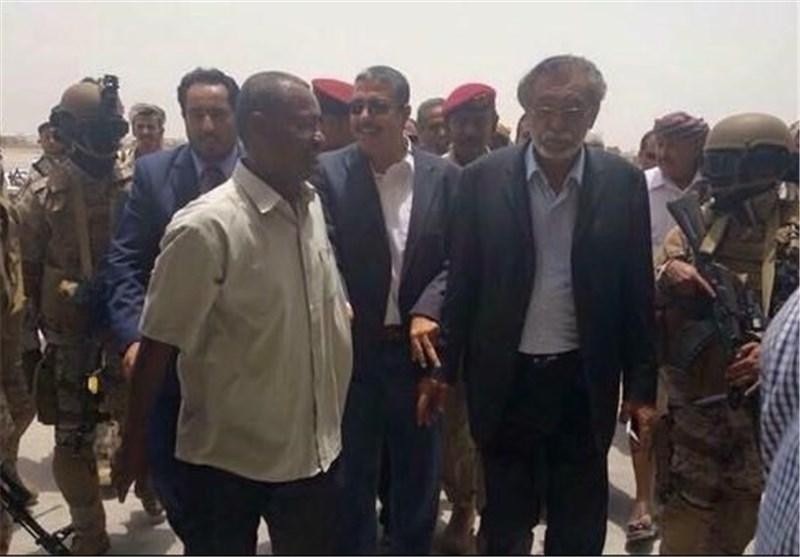 بحاح یغادر عدن بعد 3 ساعات فقط وأنباء عن توجهه للامارات