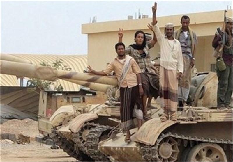 الجیش واللجان الشعبیة فی الیمن یسیطرون على مواقع عسکریة سعودیة