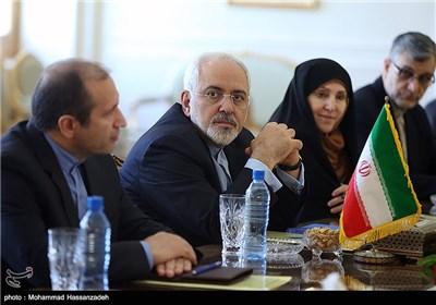 دیدار ایوتسا داچیچ و محمدجواد ظریف دیدار وزرای خارجه ایران و صربستان