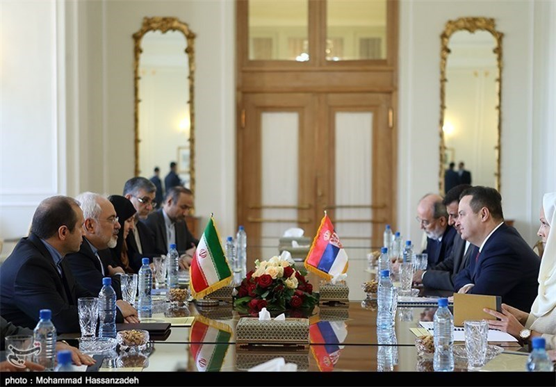 Iranian, Serbian FMs Discuss Ways to Improve Bilateral Ties