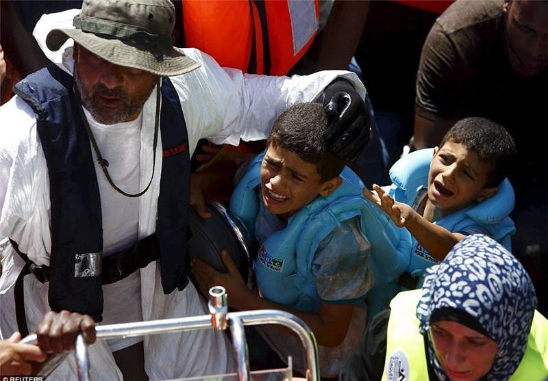 UN Refugee Agency Urges End to Italy Migrant Stand Off