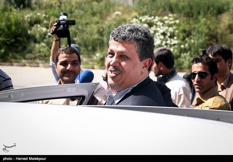 مرخصی مهدی هاشمی امروز به اتمام رسید/ وی هنوز خود را به زندان اوین معرفی نکرده است