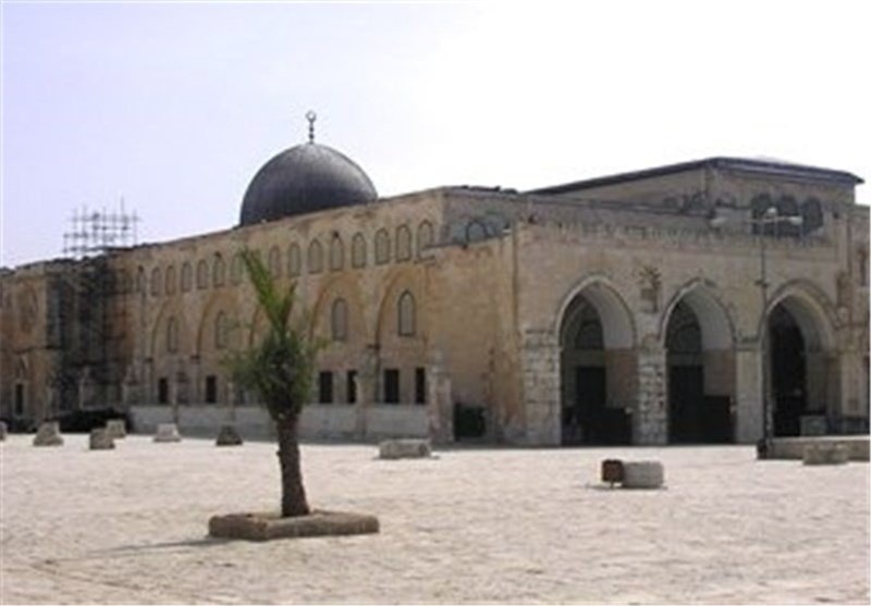 """صحیفة هآرتس"""": تقسیم المسجد الأقصى بدأ وفقا لمخطط حکومی «اسرائیلی» لبناء """"الهیکل""""المزعوم"""