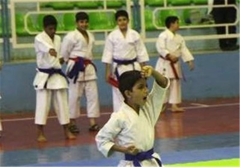 """تیم جوانههای """"ارژن شیراز"""" به عنوان سرگروه صعود کردند"""