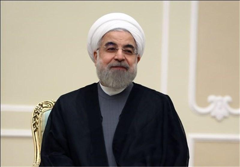 گفتوگوی تلفنی روحانی با سرلشکر سلامی|رئیسجمهور: پرتاب ماهواره «نور» به فضا یک موفقیت ارزشمند ملی است