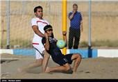 دیدار تیمهای فوتبال ساحلی یاران اصفهان و قو سپید انزلی